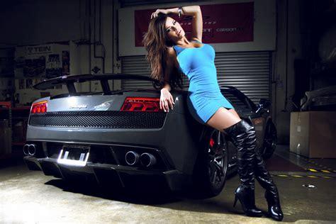 sexy brunette  lamborghini gallardo performante