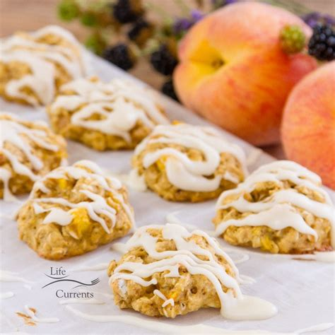 drizzle icing for cookies peach cobbler cookies with vanilla icing drizzle life currents