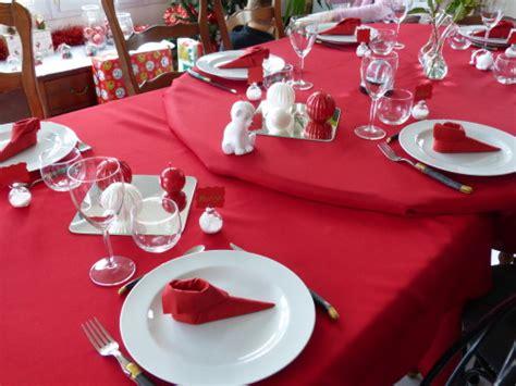 Decoration De Table Noel Blanc Et Rouge