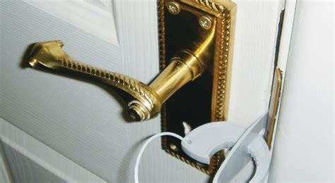 how to lock your door without a lock secure your bedroom door without a lock 10ways