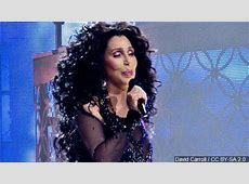 Cher coming to Milwaukee in 2019 WLUK