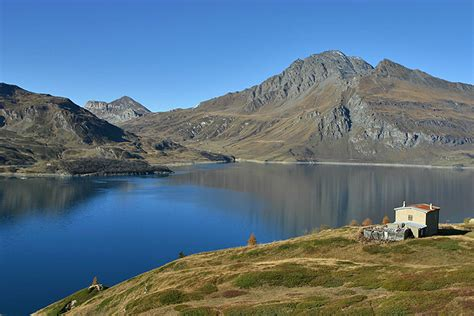 the lac du mont cenis a photo from rhone alpes south trekearth