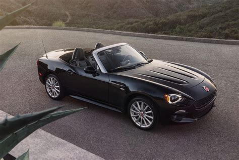 fiat spider 124 2016 fiat 124 spider revealed gets 1 4 turbo engine