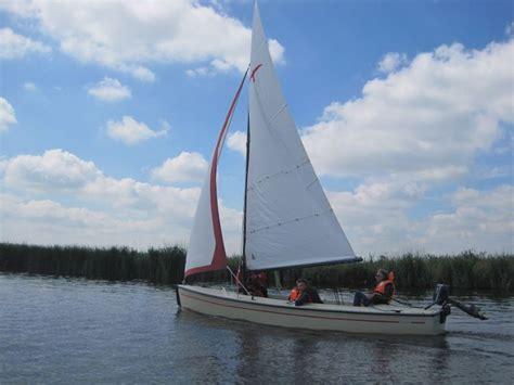 Open Zeilboot Verhuur Friesland by Sailingcenter Langweer Zeilboot Verhuur Voor Maximaal 4