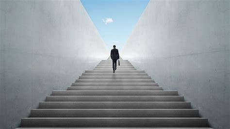 tips  climb  career ladder   gobankingrates