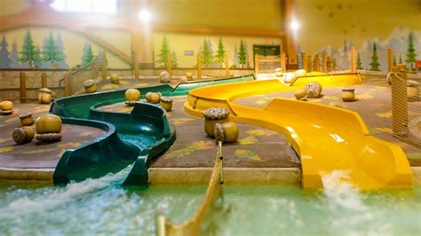 Great Wolf Lodge Poconos - Whooping Hollow Kids Slides ...