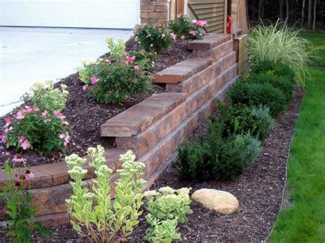 Inexpensive Backyard Landscaping by Best 25 Inexpensive Retaining Wall Ideas Ideas On