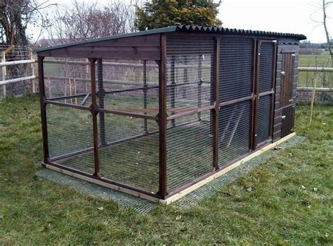chicken coop and run 1000 images about garden on pinterest chicken coops building a chicken run and coops
