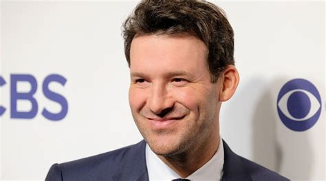 tony romo predicts  super bowl score  patriots