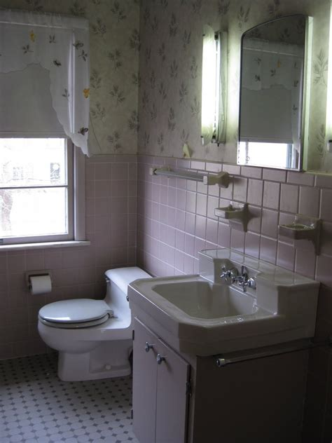 1950's Bathroom revamp with Akurum   IKEA Hackers