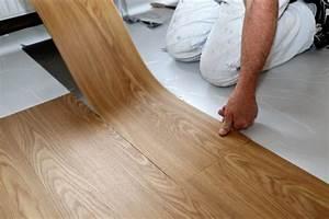 Vinylboden Auf Fußbodenheizung : vinylb den reinigen die besten hausmittel herold ~ Watch28wear.com Haus und Dekorationen