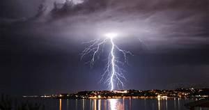 10 Strange Electrical Phenomena Found In Nature - Listverse