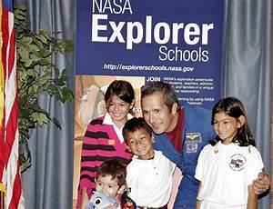 NASA - Former Astronaut Visits Southern California ...