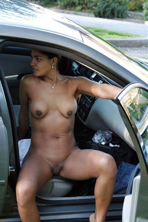 ghetto girl naked in public