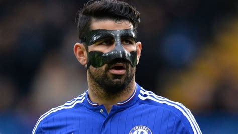The Men With the Iron Masks: 8 Footballers Who Wore