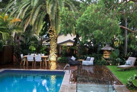 tropical backyards create your own tropical garden