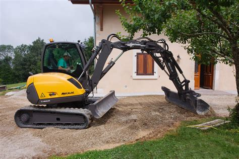 crawler skid excavators mecalac mcr