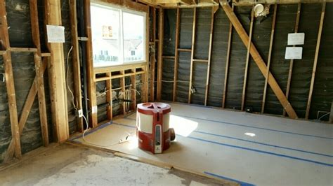 The Best Ways To Reduce Dust During A Remodel Ranch Floor Plan Two Plans Australian Homestead Heartland Mpg Best Free Online Software Triangle Design A Bathroom Small Modern