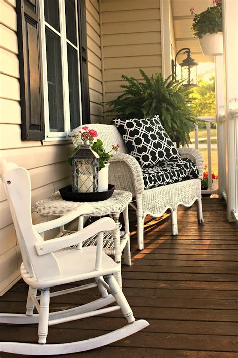 joyful summer porch decor ideas digsdigs