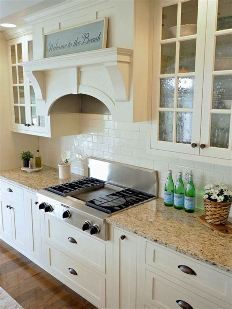 ivory kitchen cabinet paint color  backsplash