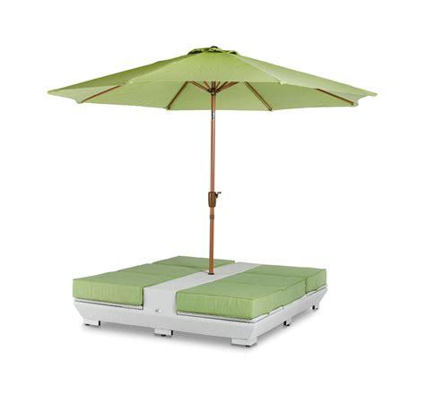 renava gemini two lounge chair and umbrella patio set by vig