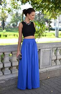 Who to Wear Long Accordion Skirt With Crop Top u2013 Designers ...