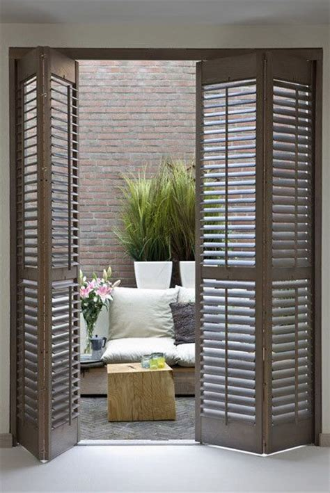 ways  reuse  shutters  home decor digsdigs