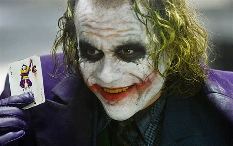 joker batman kostüm the joker heath ledger batman wiki