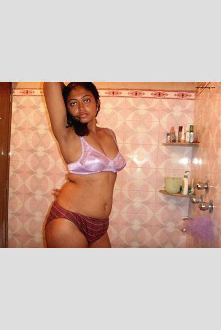 Bengali college babe posing in bra panty bathroom pics