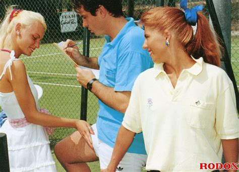 Sporty Retro outdoor Babes Fucked By Tennis xxx dessert Picture 3