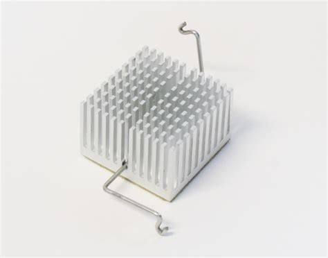 what is the purpose of a heat sink file pin fin heat sink with a z clip png wikimedia commons
