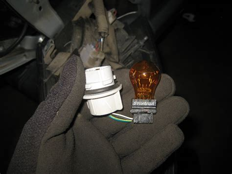 2005 2015 toyota tacoma light bulbs replacement guide 014