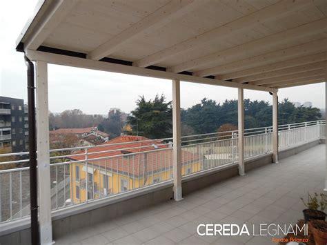 tettoia per esterno tettoia in legno addossata