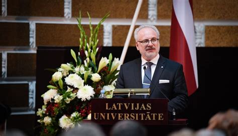 Valsts prezidenta Egila Levita uzruna Latvijas ...