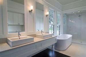 Badezimmer Landhausstil Ideen : badezimmer landhausstil als zeitloses baddesign ~ Bigdaddyawards.com Haus und Dekorationen