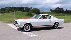 Ford Mustang Fastback 1965 : 1965 ford mustang fastback youtube ~ Dode.kayakingforconservation.com Idées de Décoration