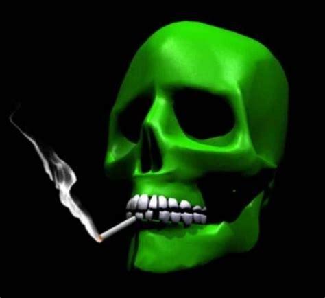 wallpaper tengkorak merokok  android apk