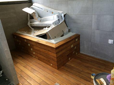 salle de bain avec parquet pont de bateau dootdadoo id 233 es de conception sont