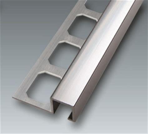 Fliesen Nass Schneider by Quadro Profil Silber Gl 228 Nzend Alu Aluminium Fliesen Alfers