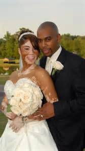 black wedding photos wedding photo of black with vitiligo and groom goes viral bossip