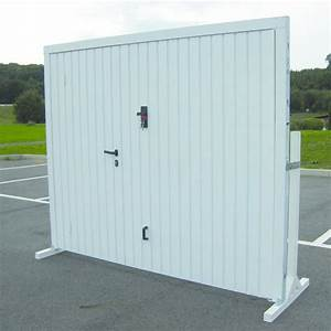 porte basculante manuelle pour garage spadone axone With porte de garage basculante avec portillon pour dimension porte entrée
