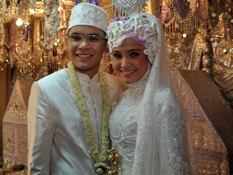 wedding dress gallery marhanda  ben kasyafani