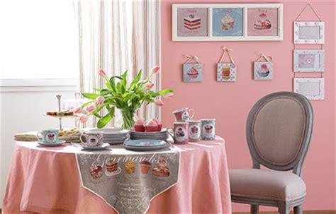 cupcakes bonbons et g 226 teaux la gourmandise investit la d 233 co tendances d 233 co d 233 co