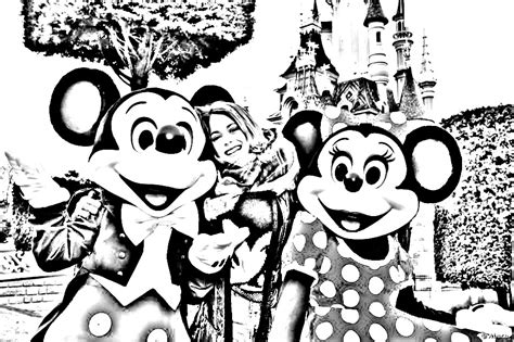 Kleurplaten Violetta Disney by Violetta Martina Stoessel Disneyland Coloriage Violetta
