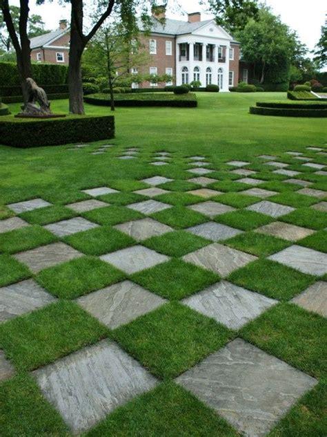 pavers lawn gardening