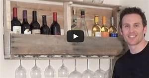 Support Bouteille Mural : un support mural pour vos bouteilles de vin fabriquer partir d 39 une palette ~ Carolinahurricanesstore.com Idées de Décoration