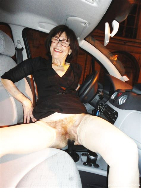Hairy Mature Women Flashing In Public Hairy Pussy And