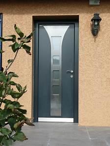 Installateur de portes d39 entree aluminium isolantes for Installateur porte d entrée