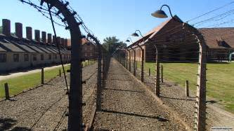 Auschwitz survivors leave death camp