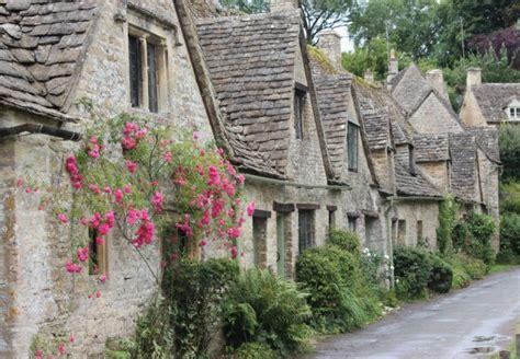 Cottage Inglese - cottage inglesi interni
